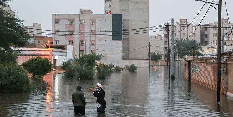 باران رگباری کوی انقلاب، به روایت یک شاهد عینی