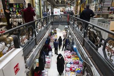 بنابر مصوبه ستاد ملی مبارزه با کرونا و تغییر وضعیت تهران از قرمز به نارنجی، از روز شنبه 15آذرماه99 بازار بزرگ تهران نیز پس از دو هفته تعطیلی بازگشایی شد.