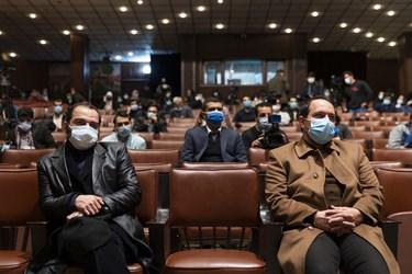 از راست مهدی و حامد فخریزاده فرزندان شهید هستهای محسن فخریزاده در آیین بزرگداشت روز دانشجو در دانشگاه تهران
