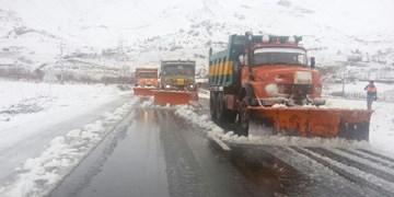 زور برف 30 سانتی به جادههای آذربایجانشرقی نرسید