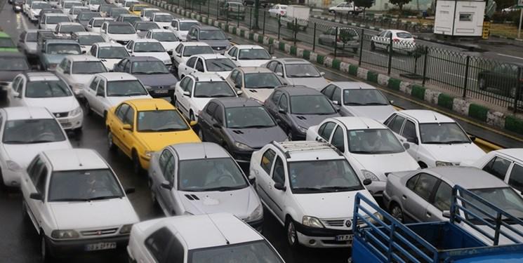 ترافیک سنگین در جاده فیروزکوه/تردد پرحجم خودرو در محورهای پردیس و کندوان