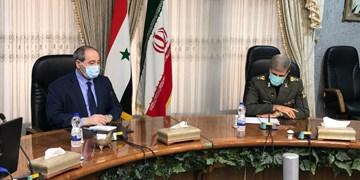 دیدار امیر حاتمی و فیصل مقداد| تاکید وزیر دفاع بر عزم ایرانی برای بازسازی سوریه