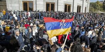 ادامه اعتراضات گسترده علیه نخستوزیر ارمنستان در ایروان