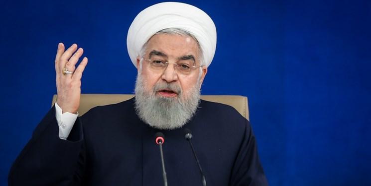 روحانی: ملت ایران در برابر سختیها زانو نزد/ گرانی برخی کالاها از عوارض تحریم گسترده کشور است