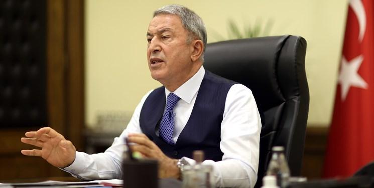 وزیر دفاع ترکیه تحریمهای آمریکا را محکوم کرد