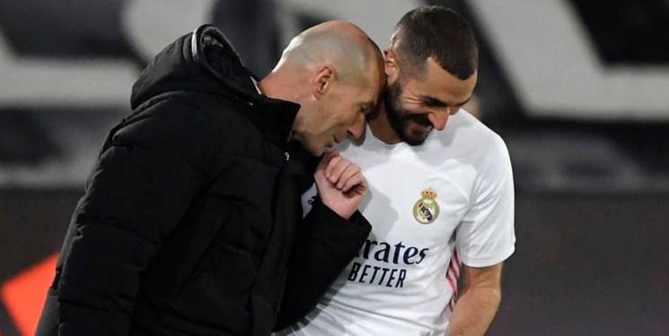 زیدان: کریم بنزما بهترین مهاجم تاریخ فوتبال فرانسه است
