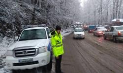 بارش برف در ارتفاعات گیلان و رانش زمین در چند راه فرعی