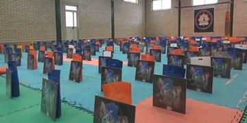 کمک مؤمنانه| توزیع ۲۰۰ بسته حمایتی و بهداشتی در بین نیازمندان پارس آباد