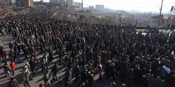 تظاهرات هزاران شهروند ارمنستانی علیه پاشینیان