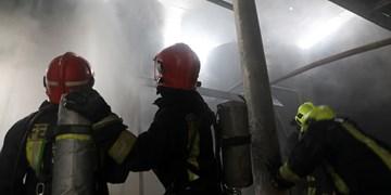 ۷۵ آتشنشان پس از 3 ساعت، حریق شرکت تاژ را مهار کردند
