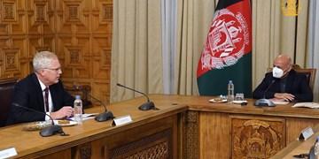 صلح افغانستان؛ محور گفتگوی اشرف غنی و سرپرست وزارت دفاع آمریکا