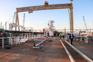 عرشه نفتکش اقیانوسپیمای ساخت ایران