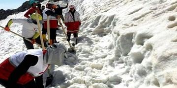 گفتوگو با نجاتیافتگان و خانواده قربانیان سقوط بهمن/ فقط دهانم بیرون از برف بود!