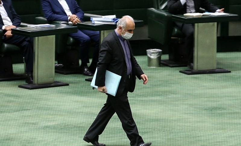 13991009000503 Test NewPhotoFree - دومین کارت زرد مجلس به وزیر اقتصاد/مجوزهای دست و پا گیر کار دست دولت داد