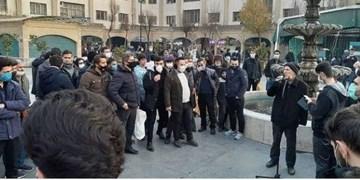 دانشجویان بسیجی شنونده مطالبات مردم در بازار تهران شدند