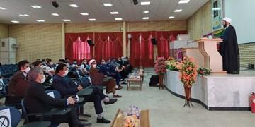قوانین داوری و فوتبال در نگاه امام جمعه کهگیلویه/پیشکسوت ورزش: غافلگیر شدیم