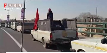 فیلم| رژه خودرویی وانت بارها به مناسبت گرامیداشت سالگرد شهادت سردار سلیمانی