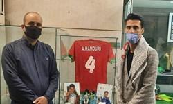 ورزشکار خرمشهری مدالهای خود را به موزه دفاع مقدس اهدا کرد
