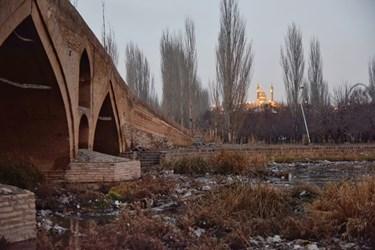 نزدیکی شهر زنجان و حسینیه اعظم زنجان به پل تاریخی میربهاالدین زنجان و عدم نظارت به آن