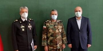 فرمانده کل ارتش با رئیس مجلس دیدار کرد
