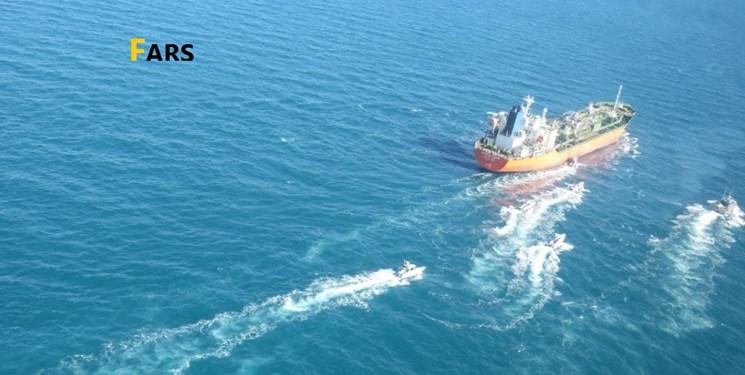 جزئیات توقیف شناور کره جنوبی توسط نیروی دریایی سپاه