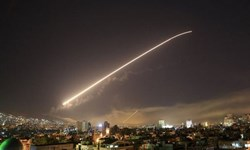 مقابله پدافند هوایی سوریه با اهداف متخاصم در آسمان جنوب دمشق