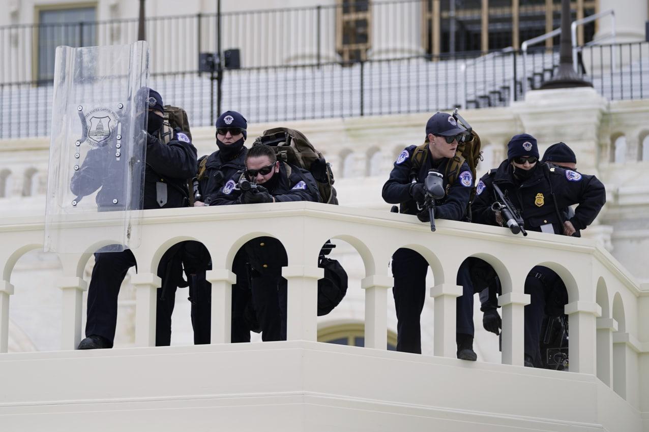 13991018000123 Test NewPhotoFree - بحران آمریکا| برقراری حکومت نظامی در واشنگتن؛ 4 نفر کشته شدند