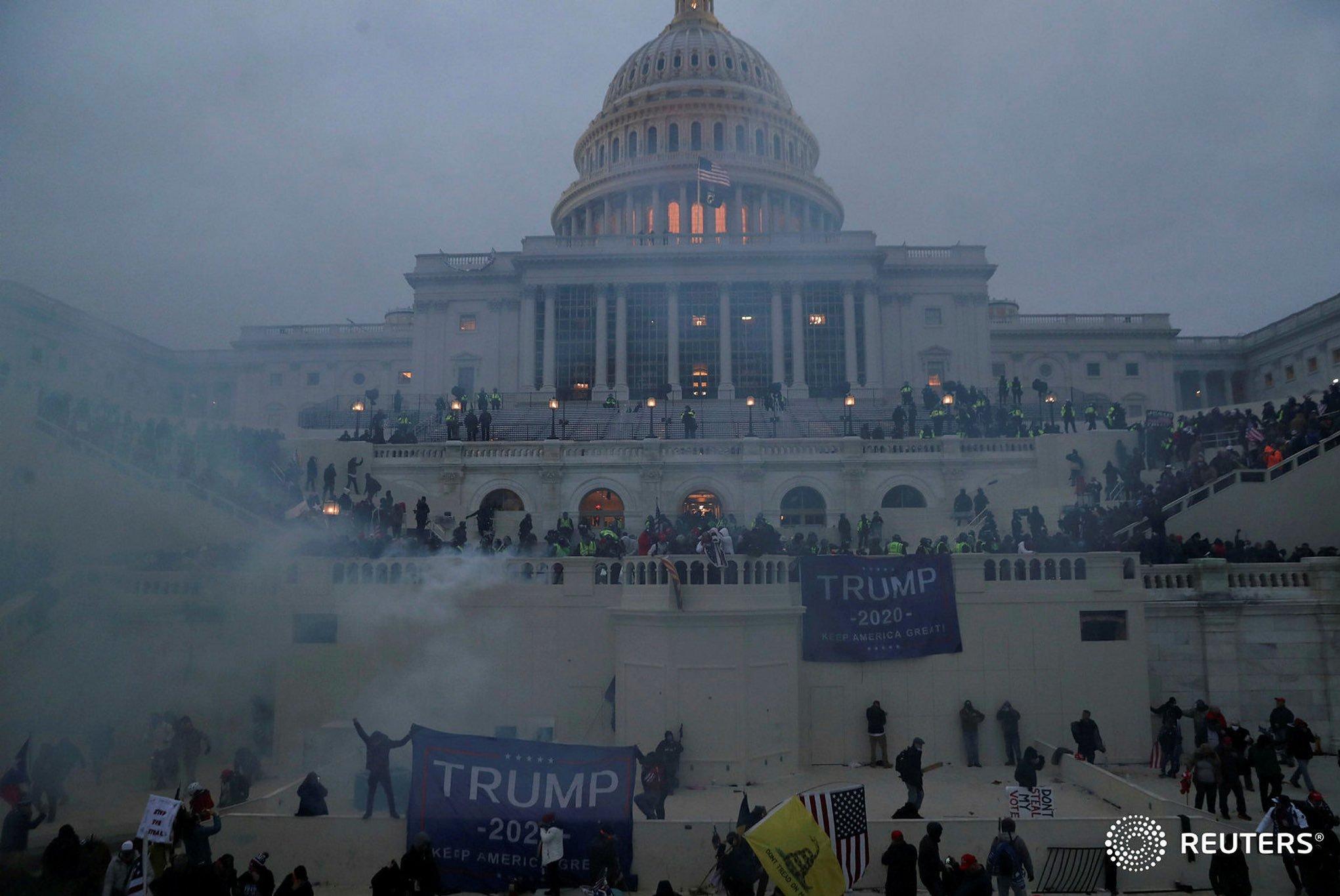 13991018000132 Test NewPhotoFree - بحران آمریکا| برقراری حکومت نظامی در واشنگتن؛ 4 نفر کشته شدند