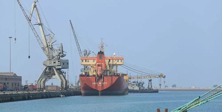 خسارت 10 میلیارد دلاری ائتلاف سعودی-اماراتی به بخش نفت یمن