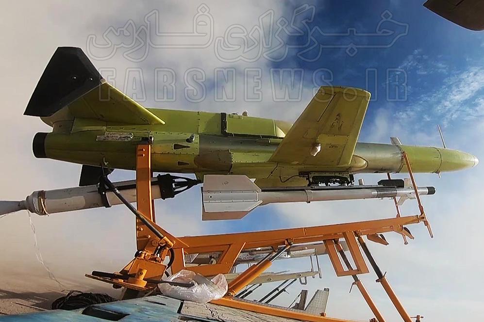 13991018000806 Test NewPhotoFree - ۷ اقدام جدید در رزمایش پهپادی ارتش/ از عملیاتی شدن تاپاتک ایرانی تا سنگ تمام کرار در رهگیری هوایی