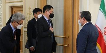 آزادسازی هر چه سریعتر منابع ارزی ایران محور گفت و گوی عراقچی و دیپلمات کره ای
