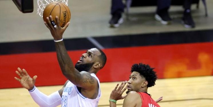 لیگ بسکتبال NBA| تقابل جیمزها را پادشاه برد+عکس
