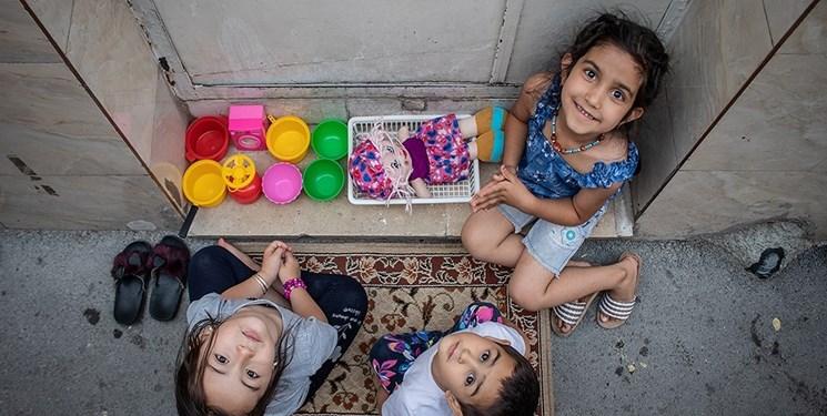 رقابت سرسخت باربیهای مجازی با قابلمههای پلاستیکی/ «خاله بازی» فرصت حل مشکلات رفتاری بچهها
