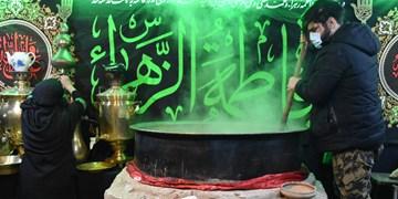 آیین سمنوپزان ایام فاطمیه توسط جوانان هیأت بیتالزهرا (س) شهرستان آمل