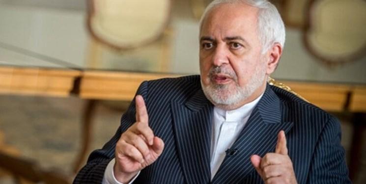 ظریف: الحمدلله رابطهام با رسانهها خوب است/ با «فارس» مصاحبه نمی کنم