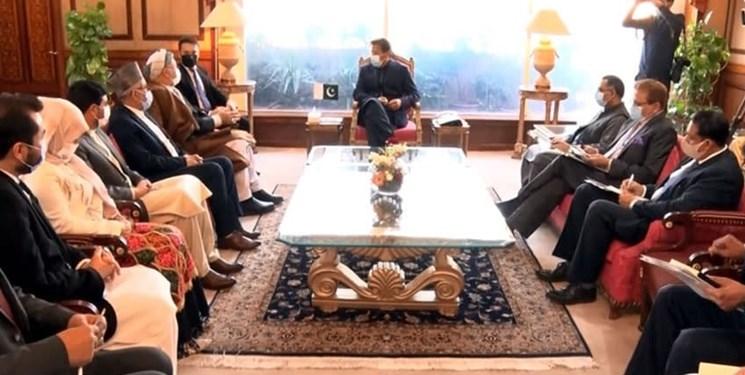 عمران خان بر لزوم کاهش خشونت در افغانستان تاکید کرد