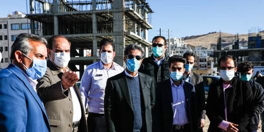 فارس من  پیگیری نتیجهبخش؛ با پیگیری خبرگزاری فارس، شهردار شیراز پای درد دل مردم آرین نشست
