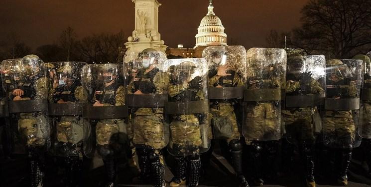 چرا آمریکا اینترنت معترضان را قطع نکرد؟/ روش دار و دسته فیسبوکیها برای مدیریت شبکههای اجتماعی