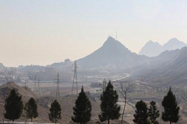کوه خضر و کوه دوبرادران غرق در آلودگی