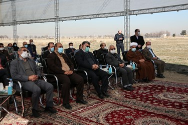 حضور محمدرضا کلایی، شهردار مشهد در مراسم آغاز ساخت ۱۰۰۰ واحد مسکونی در حاشیه شهر