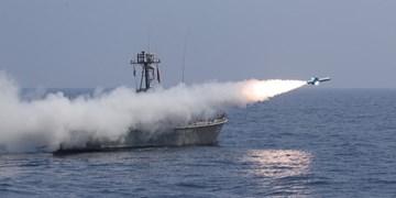 شلیک انواع موشکهای کروز دریایی در رزمایش اقتدار دریایی 99