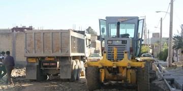 عملیات زیرسازی 10 کوچه در سمغان آغاز شد