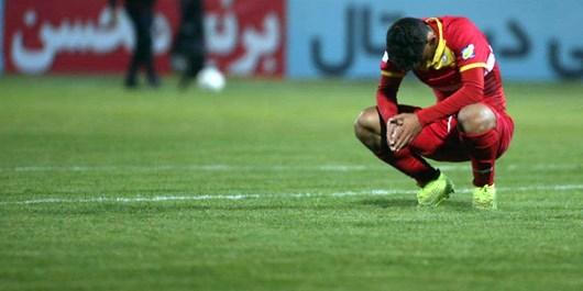 بختیاریزاده: چشمهایم را هم  عمل کردم اما فوتبالی از تیم نکونام نمیبینم/تمرکز آذری بیشتر روی انتخابات بود نه فولاد