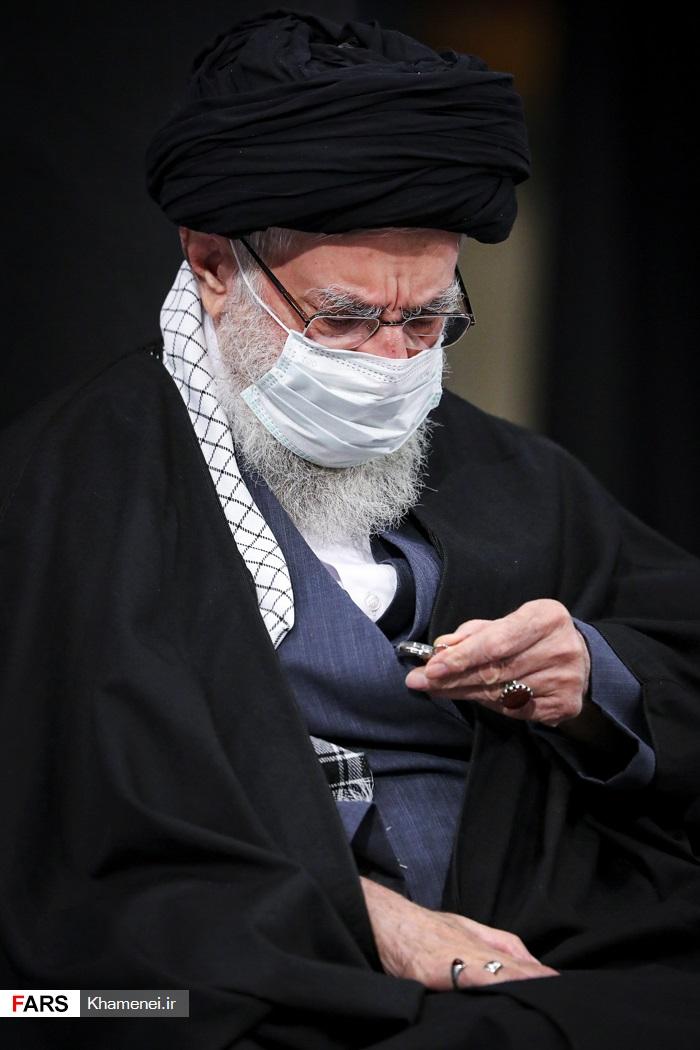 رهبر معظم  انقلاب اسلامی در  مراسم عزاداری شب شهادت حضرت فاطمه زهرا(س)
