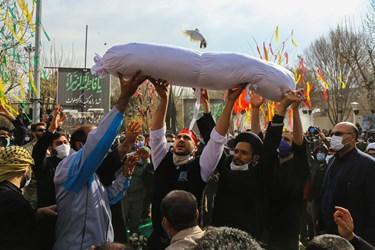 تدفین شهید گمنام در بوستان امام حسن (ع) واقع در شهرک امام حسن (ع) قم