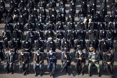 حضور اقشار مختلف مردم در مراسم تشییع و خاکسپاری پیکر مطهر شهید گمنام با رعایت پروتکل های بهداشتی در دانشگاه فرهنگیان تبریز
