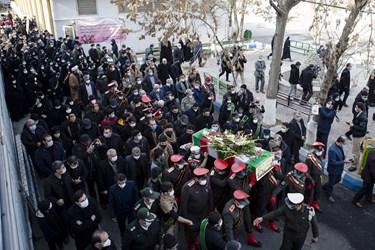 حضور اقشار مختلف مردم در مراسم تشییع و خاکسپاری پیکر مطهر شهید گمنام  در دانشگاه فرهنگیان تبریز