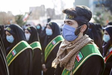 حضور دانشجویان در خاکسپاری پیکر مطهر شهید گمنام دردانشگاه فرهنگیان تبریز