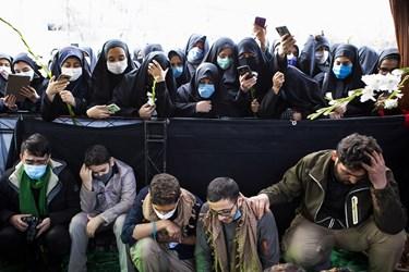 حضور دانشجویان در مراسم خاکسپاری پیکر مطهر شهید گمنام در واحد خواهران دانشگاه فرهنگیان تبریز
