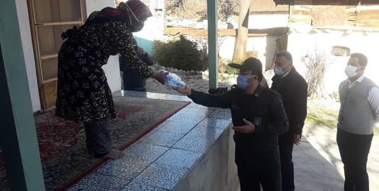 رنگ باختن محرومیت با دستانی که کمکهای مومنانه را هدیه میدهند